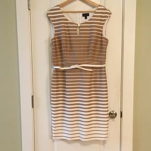 Connected Apparel Sleeveless Dress Size 14